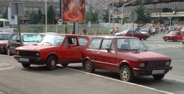 """Zastava Koral (Kosovo a Metochija, Priština. Ľudové auto prezývané """"jugo"""" - dodnes ich jazdí po celom balkáne spústa."""